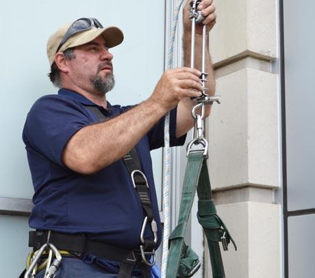 rope-worker